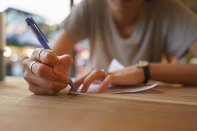 ปากกาพรีเมี่ยมแจกไปใครก็ใช้เพราะ..ทุกคนต้องใช้ปากกา